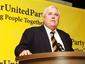 SUNSHINE Coast MP Clive Palmer has ejected a journalist from a press conference, saying he did not recognise the publication.