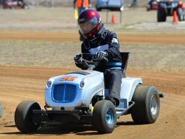 Action from the Queensland Mower Racing Championships held at Yaamba on the weekend.   Photos CHRIS ISON.