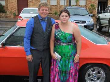 Central and North Burnett seniors put on the glitz and glamour for their formals.
