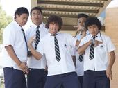 Chris Lilley as Jonah Takalua (centre).