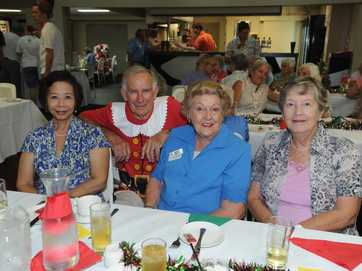 Hervey Bay Legacy put on a special Xmas lunch for almost 200 people at the Hervey Bay RSL.