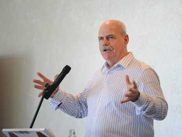 About 120 people gathered at The Boat Club Hervey Bay to listen to Leigh Matthews share his football experiences during the Chronicle Better Business Lunch on Thursday.