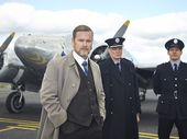 <strong>TV TRAGIC: </strong>We can't help but love Aussie Craig McLachlan as a maverick country doctor who solves crime through his role as police surgeon.