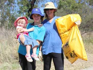 Helpers from across the Western Downs came together in a rubbish blitz for Clean-Up Australia Day 2014.