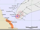 <strong>UPDATE </strong>The cyclone warning from Ayr to St Lawrence has been cancelled.