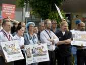 Toowoomba Hospital doctors rally against individual contracts . Photo Nev Madsen / The Chronicle