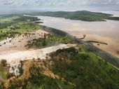 THE Queensland Government's plan to increase the size of Wivenhoe Dam and build three dams in the Ipswich region has been welcomed by Mayor Paul Pisasale.