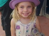 <strong>UPDATE: </strong>An extra 10 detectives have arrived in Childers today in an effort to track down three-year-old Chloe Campbell's abductor or abductors.