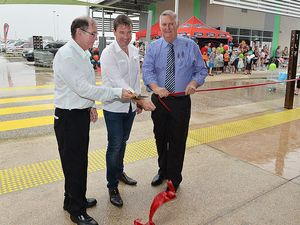 The Marian Town Centre was officially opened by Mackay Regional Council Deputy Mayor Kevin Casey, Tipalea Partners managing director Scott Spanton and Member for Mirani Ted Malone.