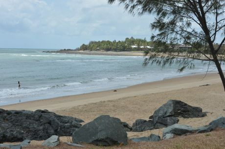 Top beach fishing spots near mackay sunshine coast daily for Good fishing spots near me