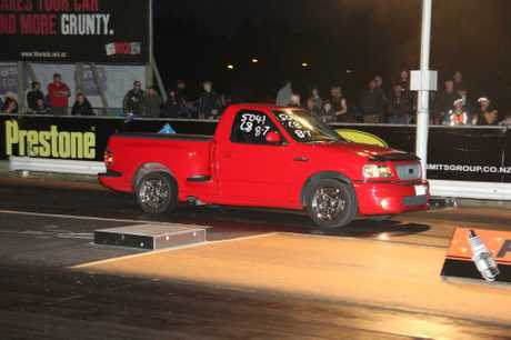 Roger Murray (Te Rapa) has had a successful season in his Ford F150 Lightning at Meremere, pic by Mark Ashton, Dragpixs